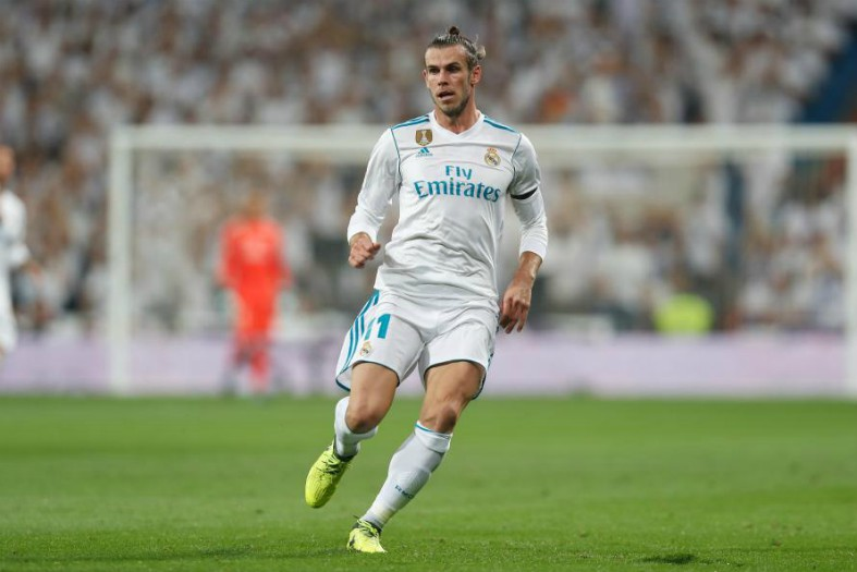 Gareth Bale breaks silence on his future amid Man United talk